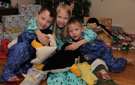 christmas-pjs-kids